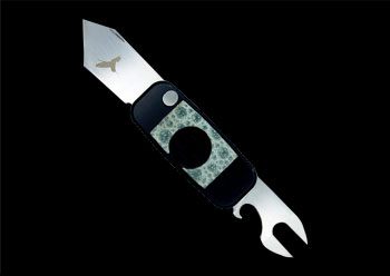SIGARO – BLACK ALUMINUM WITH BULL FROG IN-LAY